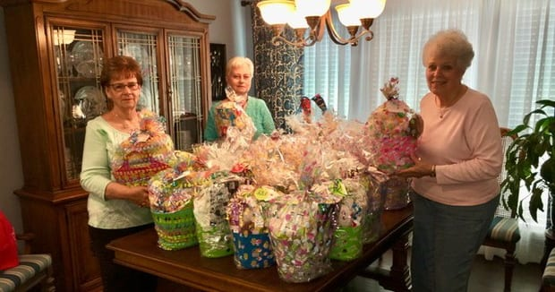 Classic Women 2021 Easter baskets